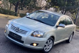 Toyota, Avensis, 2006, Nafte
