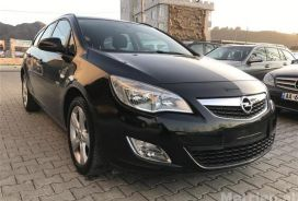 Opel, Astra, 2012, Nafte