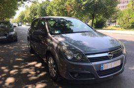 Opel, Astra, 2005, Naftë