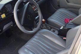 Mercedes-Benz, 220, 1987, Naftë